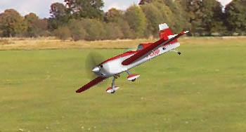 Simulateur de vol RC Multiplex MULTIflight : Extra 300S